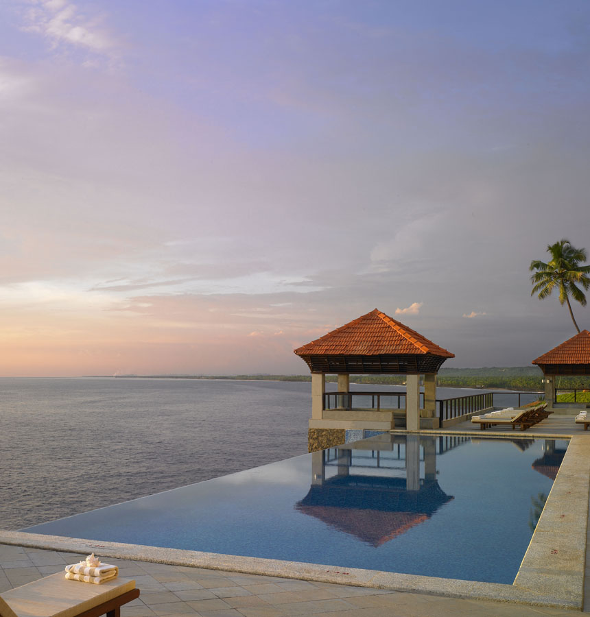 What Places Cannot Be Missed In North Kerala: Kovalam Tour, Kovalam Tour Packages, Kovalam Tour And