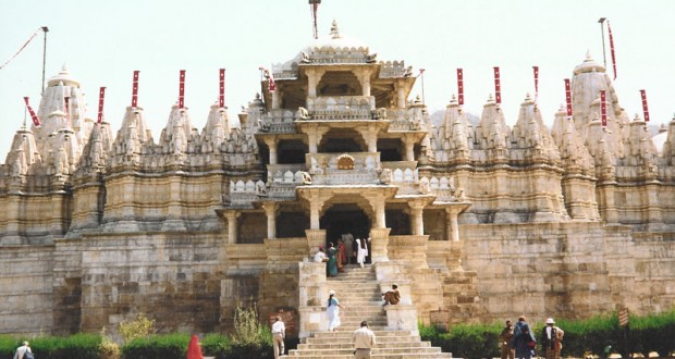 Temple and Town Tour- Mount Abu